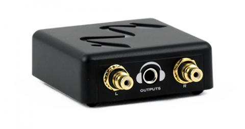 Built-in Headphone amp with Class A Output Stage