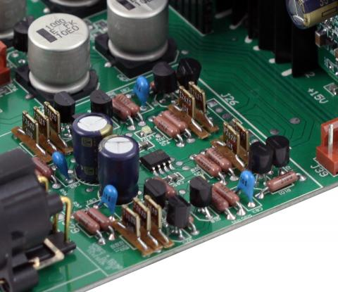 Custom Vishay Z-Foil resistors, Ultra-low noise discrete regulators, and Ultra-fast recovery Schottkey diodes